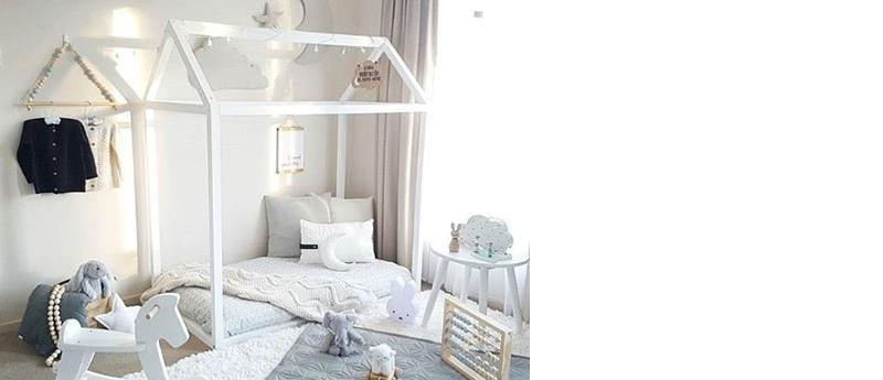 Postel jako domek – Housebed